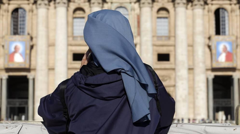 Se casan dos monjas en Italia: Dios quiere personas felices que vivan su amor.