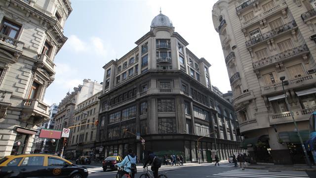 Harrods en Buenos Aires: misterio y silencio ante la posible venta del inmueble que ocupó la tienda