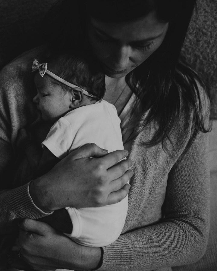 baby h chicago newborn photographer (19)