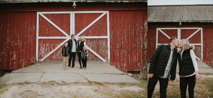 family in illionois at a farm shoot