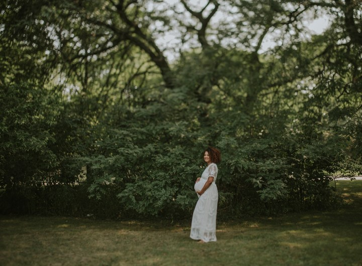 freelensed image of a maternity client