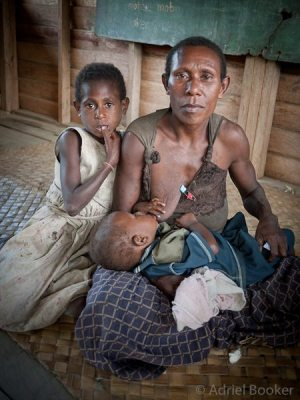 Violence against women must stop - 31 Days of Women Empowering Women - PNG-Bamu-Adriel_Booker-130904-935