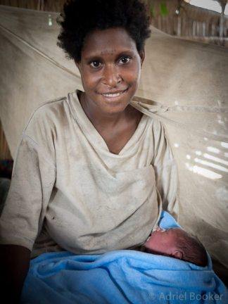 PNG-Bamu-Adriel_Booker-maternal-health-130905-1047