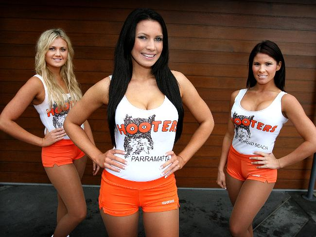 What S The Big Deal About Breastaurants Like Hooters
