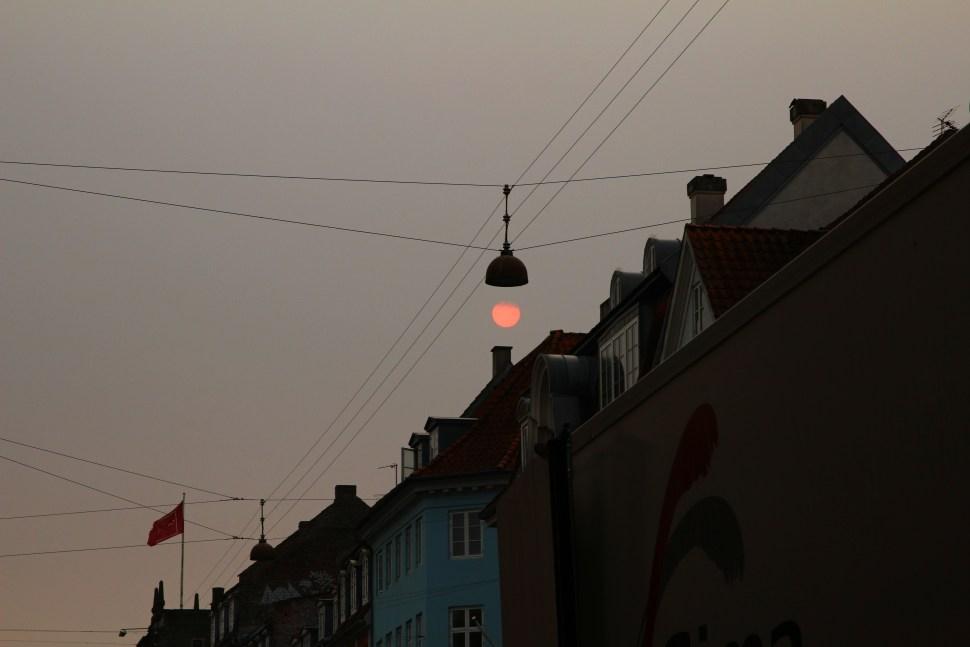 la Lune, une ampoule