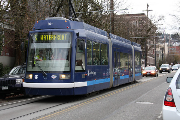 Portland Streetcar on Lovejoy.