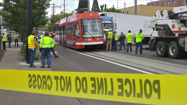 18-Wheeler smashed into Streetcar
