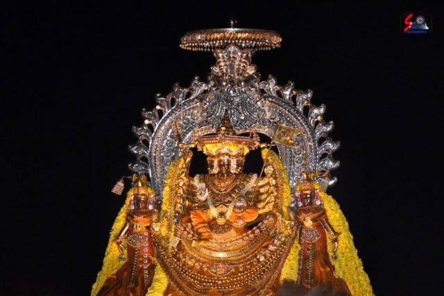 நல்லூர் கந்தசுவாமி ஆலய 18 ம் நாள் உற்சவம் 1