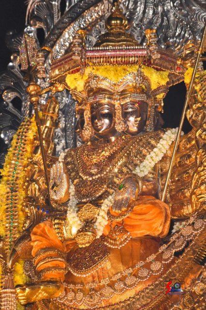 நல்லூர் கந்தசுவாமி ஆலய 18 ம் நாள் உற்சவம் 15