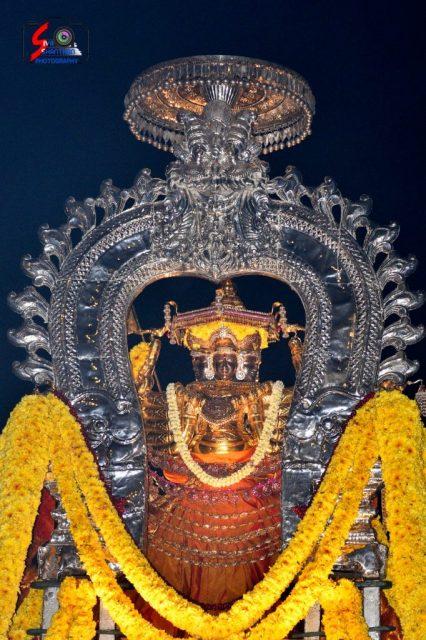 நல்லூர் கந்தசுவாமி ஆலய 18 ம் நாள் உற்சவம் 16
