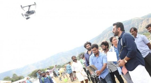 விஸ்வாசம் படப்பிடிப்பில் Drone பயன்படுத்திய அஜித்தின் புகைப்படம் 1