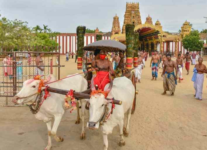 வரலாற்றுச் சிறப்பு மிக்க நல்லூர் கந்தசுவாமி ஆலயத்தின் காளாஞ்சி கையளிக்கும் நிகழ்வு..! 1