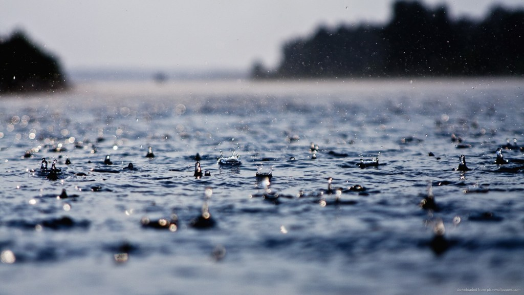 water-surface-during-the-rain