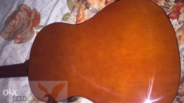 جيتار كلاسيك + شنطة جيتار مبطنه