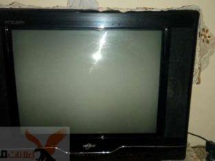 تلفزيون بحالة ممتازة جدا استعمال شهر