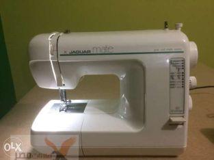 ماكينة خياطة جاجوار