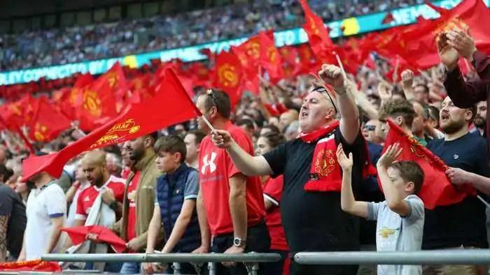 manchester united fans qz7wzpxl3o4c12ac8uzc1v7ju 1