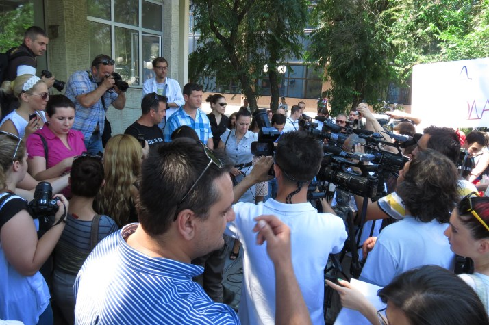 The initiatory committee appealed to Tomislav Kezarovski to end the hunger strike he began on Monday July 22, 2013 at the detention prison in Shutka, Skopje. Photo shows media reporting on protest for Kezarovski freedom./July 25, 2013/Photo by Aleksandra Dukovska