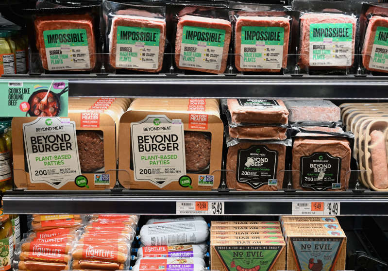 As grocery prices rise, alt-meat takes a bigger bite of Big Meat's burger