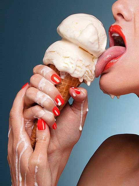 Deep throating an ice-cream