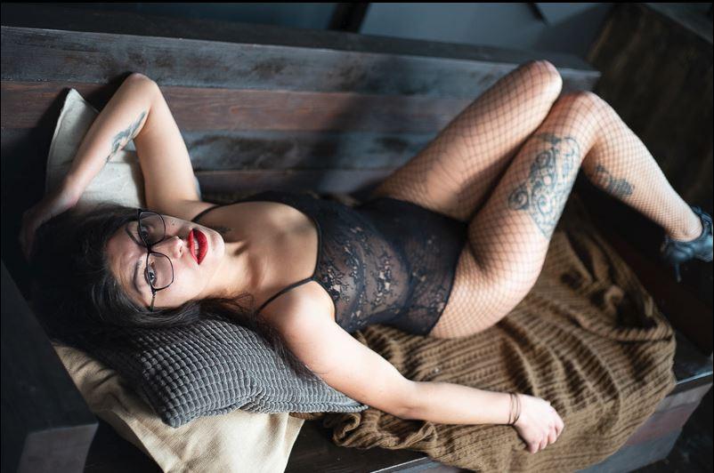 Femdom WebCam Model SexyTess