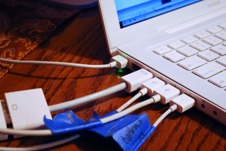 Apple computer cords