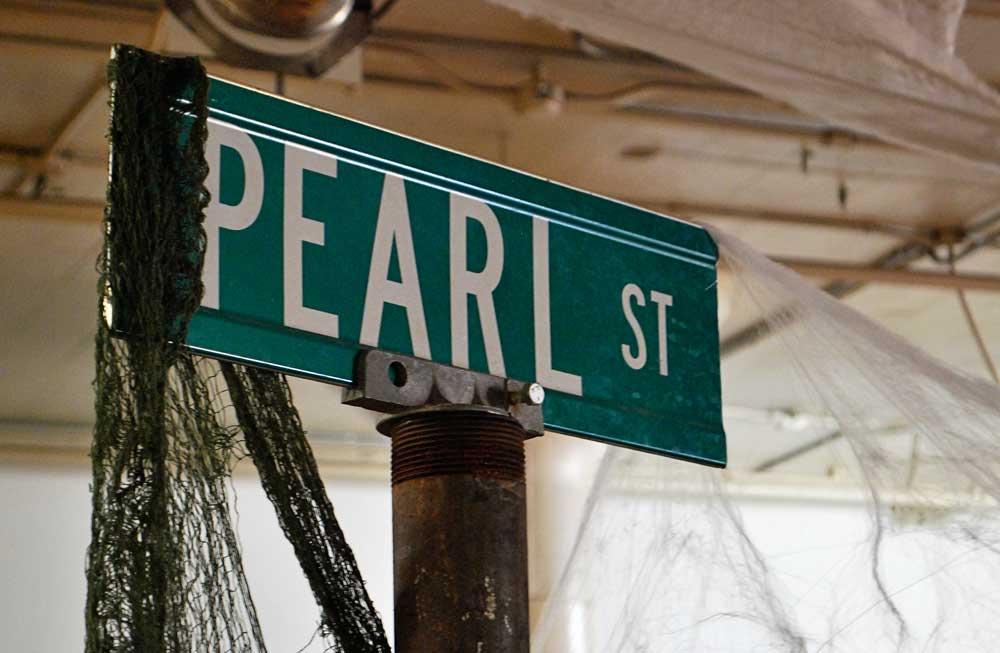 Pearl Street Brewery sign, La Crosse, WI