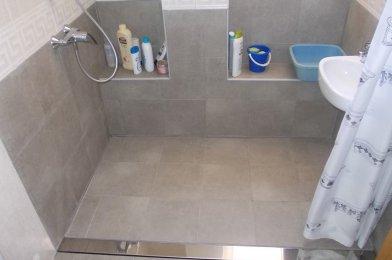 «Adaptación de baño en segunda residencia en Islantilla (Huelva)»