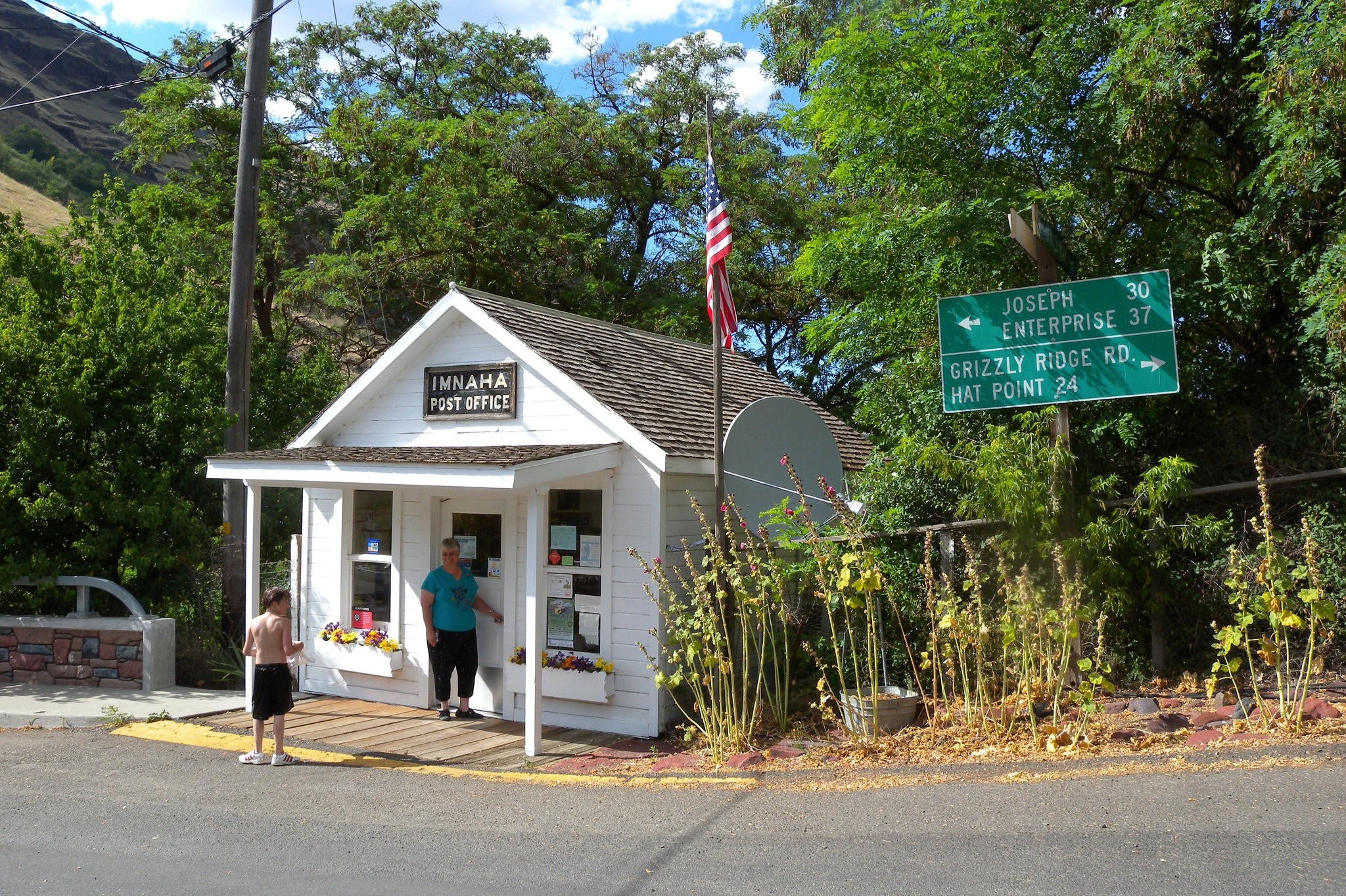 Rural Oregon Communities Hold Collective Breaths As They Wait To Hear If Their Post Offices Will Close Oregonlive Com
