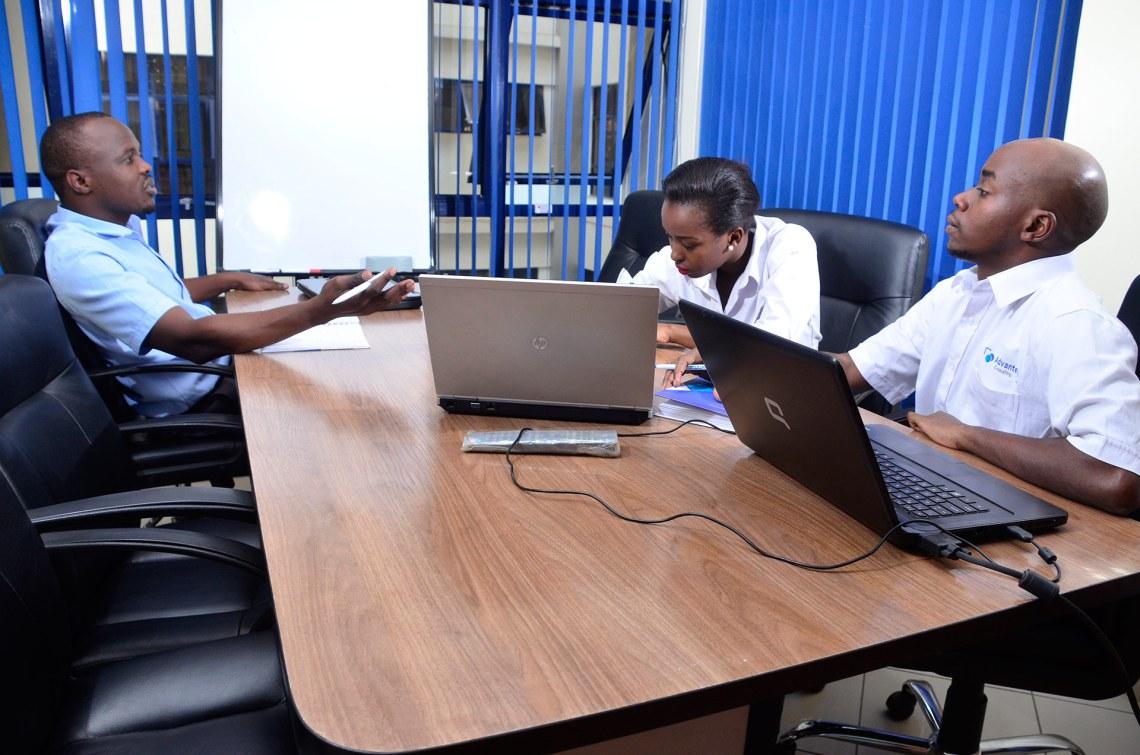 Advantech-Consulting-Team