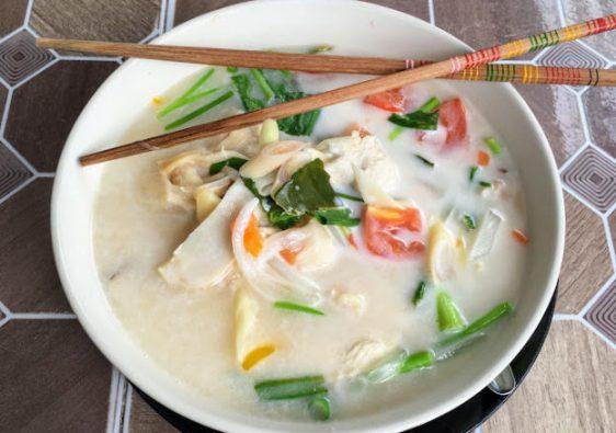 soupe poulet-coco
