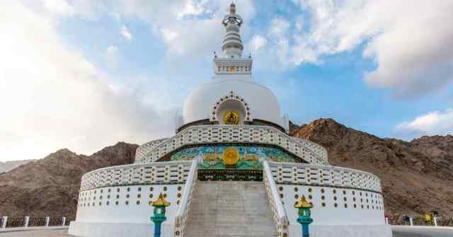 markha Valley Trek Shanti Stupa