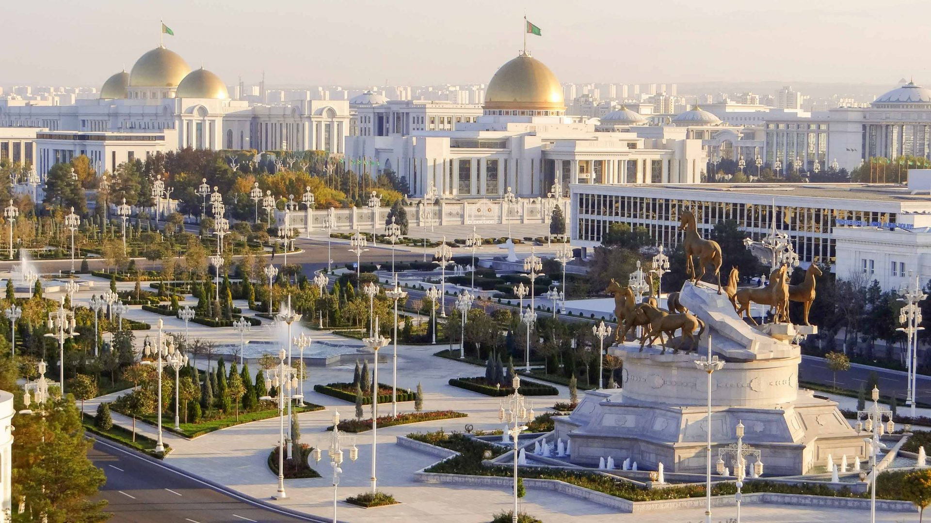 What's it like to vacation in authoritarian Turkmenistan? | Adventure.com