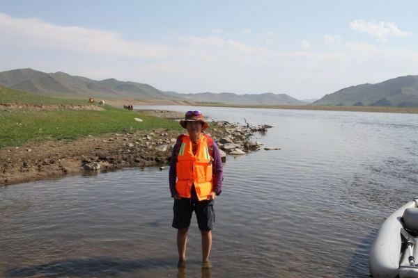 モンゴルでアイベックスシャツ写真