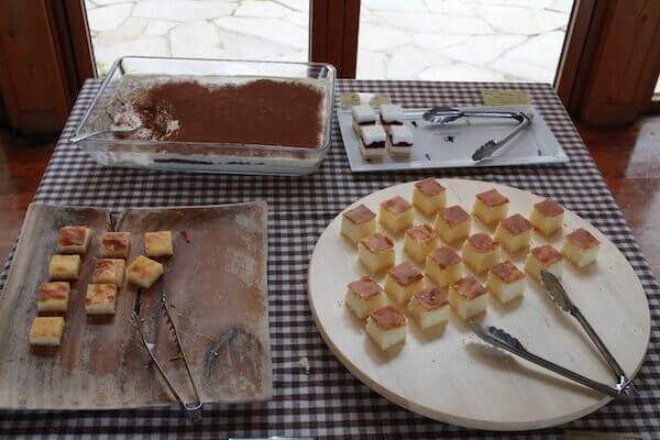 ケーキバイキングの写真