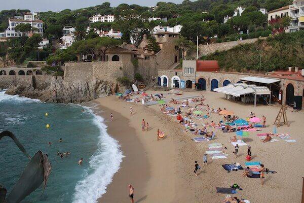 カレーラ・ デ ・パラフリュージェルで海水浴の写真
