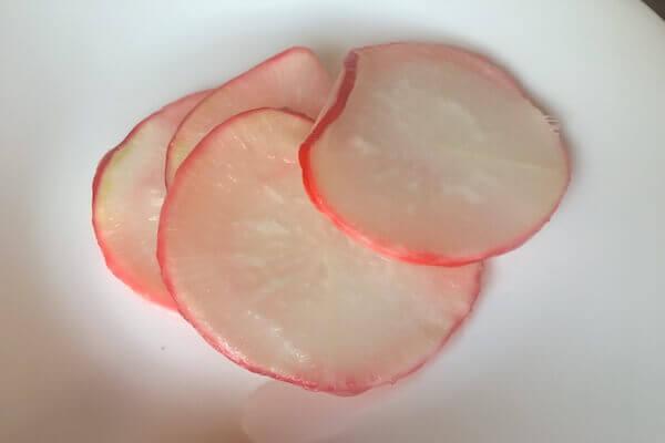 紅大根の甘酢漬けの写真