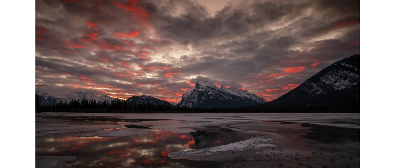 Winter landscape at the Vermilion Lakes