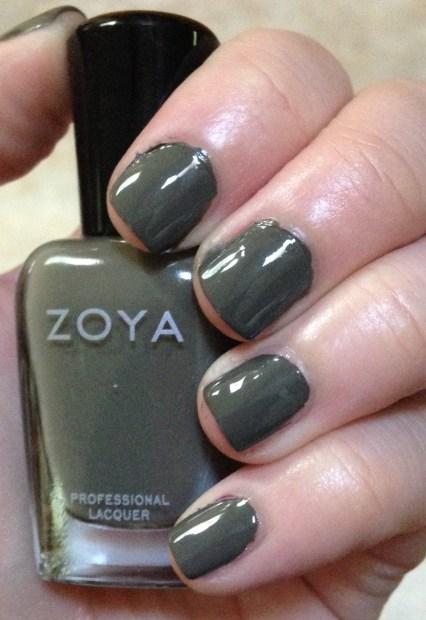 Zoya – Charli