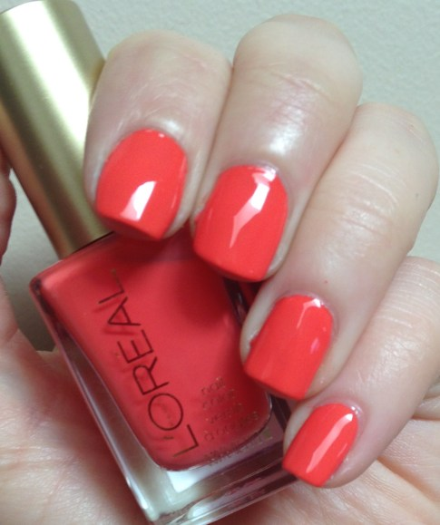 L'Oreal Colour Riche – Tangerine Crush