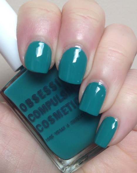 Obsessive Compulsive Cosmetics – Chlorophyll