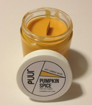 Puurbody Flickering Wick Pumpkin Spice Soy Candle
