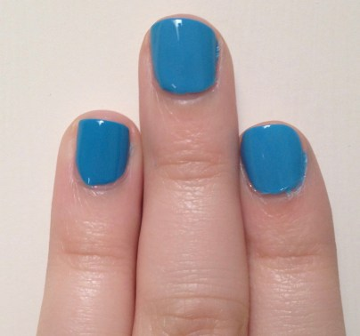 Sally Hansen Blue Me Away! vs Milani Water Front vs Sally Hansen Dive Bar