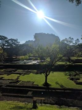 Sigirya. Indrukwekkend kasteel en Buddhistisch klooster uit ver vervlogen tijden