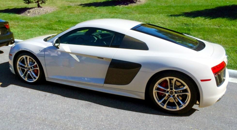 Audi R8 V10 3:4 Edited