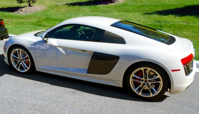 Driving 5 Dream Cars In 1 Day! Part 6 Of 6 – Audi R8 V10