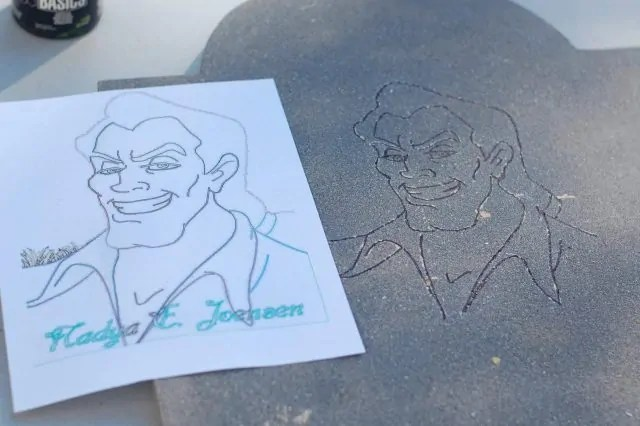 Side by side comparison of Gaston printout and etching on tombstone