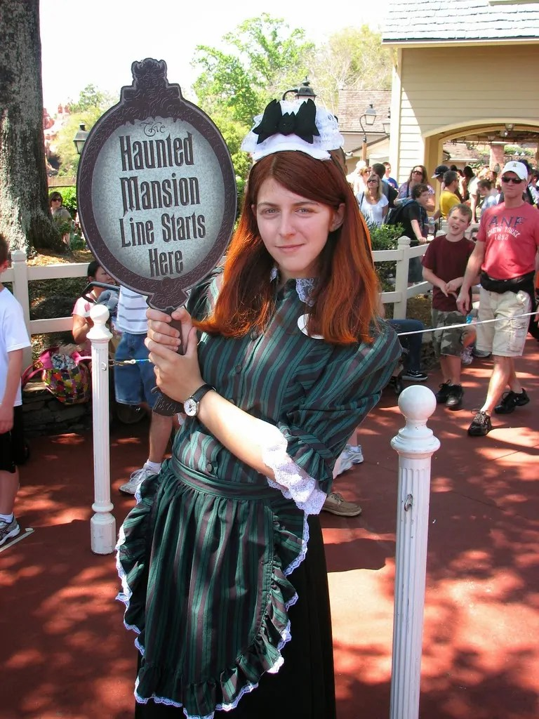 13 Disney Nights Of Halloween Haunted Mansion Costumes