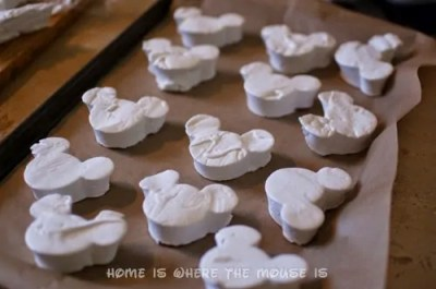 marshmallow mickey mouse heads