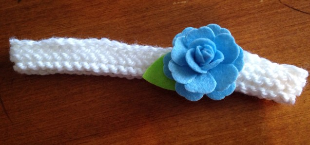 An adorable headband to grow with Baby C